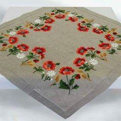 Вышивка полевые цветы