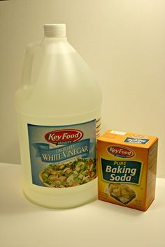 Baking Soda vs Vinegar - which is best for DIY cleaning