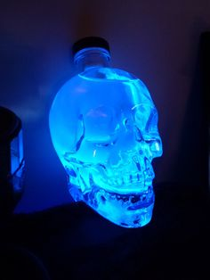 Black Light Magic - Glowing crystal skull. Super easy!