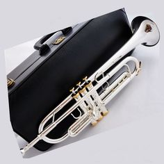 Free Shipping 2015 New Promotions Brand Bach Professional Trumpet Model CGN-180 Bb Trumpet gold key Trumpet
