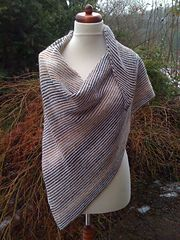 Ravelry: Josephinentuch / Josephine Shawl pattern by Susan Gutperl