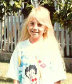last known photograph of Heather O'Rourke, cheeks are puffy from the cortisole they prescribed her thinking she had Chrohn's disease.