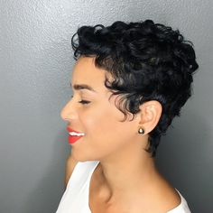 This Beauty!!! || K H I M A N D I || #thecutlife #khimandi #pixie #pixiecut #shorthair #essencemag #hair #blackhair