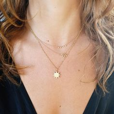 Our Snake Charm Necklace is a delicate and elegant addition to any look, with a slithering curved charm that's soldered onto a delicate cable chain. Jewelry Stores, Jewelry Box, Fine Jewelry, Love Necklace, Circle Necklace, Expensive Jewelry, Unique Necklaces, Gold Pendant, Personalized Jewelry