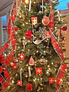 59 best Swiss Christmas images on Pinterest | Christmas crafts, Xmas ...