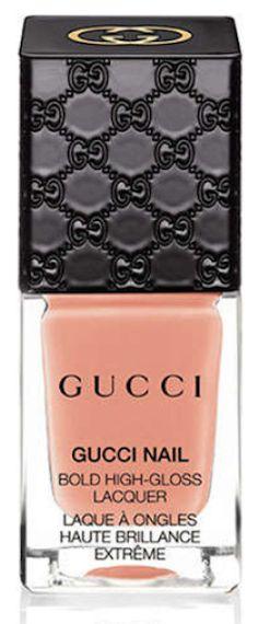pretty Gucci spring nail color