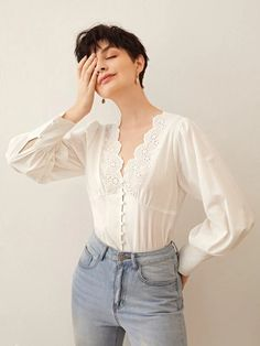 To find out about the Premium Scallop Edge Schiffy Panel Gathered Back Blouse at SHEIN, part of our latest Blouses ready to shop online today! Mode Outfits, Casual Outfits, Fashion Outfits, Vintage Outfits, Vintage Fashion, Vetements Clothing, Mode Kpop, Look Boho, Vintage Mode
