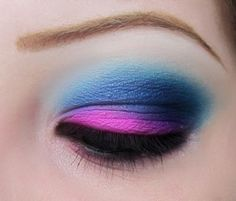 another blue eye look with neon pink.  So fun!