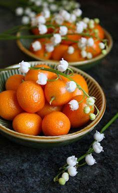 Jane's Sweets & Baking Journal: Tangy Kumquat Tea Cakes . . . (Yes, Kumquats Really Do Exist!)
