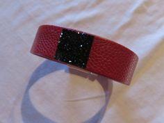 """Kit """"DIY"""" Bracelet manchette multi rangs en cuir rouge fin et cristal rock swarovski noir carré 19 mm brillant : Kits, tutoriels bijoux par fais-le-toi-meme"""
