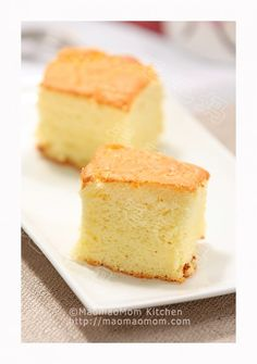 【Yogurt chiffon cake】  by MaomaoMom My family loves Chiffon cakes, because they taste so light and moist. We so many containers of yogurt in the fridge and thus made this yogurt chiffon cake and it turned out great. En