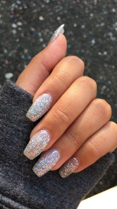 25 elegante Herbst Hochzeit Nail Art - Best Picture For dark wedding nails For Your Taste You are looking for something, and it is going to tell you exactly Sparkly Acrylic Nails, Pink Holographic Nails, Silver Glitter Nails, Best Acrylic Nails, Shiny Nails, White Sparkle Nails, Acrylic Nail Designs Glitter, Gold Gel Nails, Coffen Nails