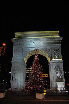 Washington Square New York City #newyork, #NYC, #pinsland, https://apps.facebook.com/yangutu