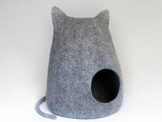Felted ecofriendly cat bed natural gray cat cave by Miaussimo,