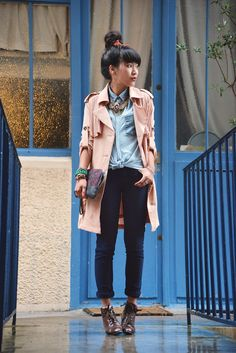 Trench Chicwish, Boots Vintage, Jean Jennyfer, Top The Kooples, Bag Sandro