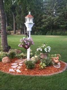 Next Post Previous Post Small Amish Poly Hexagon Bird Feeder Amish Small Hexagon Eco Bird Feeder Garden Yard Ideas, Lawn And Garden, Garden Projects, Garden Club, Garden Table, Fence Ideas, Terrace Garden, Bed Ideas, Garden Beds