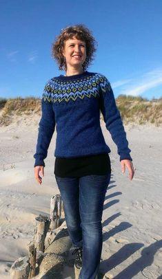 Klik på billedet, for at se et større billede Fair Isle Knitting, Free Knitting, Knitting Designs, Knitting Projects, Sweater Design, Keep Warm, Textiles, Knitwear, Winter Outfits