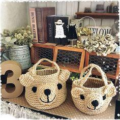 Diy Crochet Bag, Crochet Crafts, Crochet Doilies, Crochet Toys, Crochet Baby, Crochet Projects, Crochet Christmas Decorations, Crochet Decoration, Baby Girl Boots