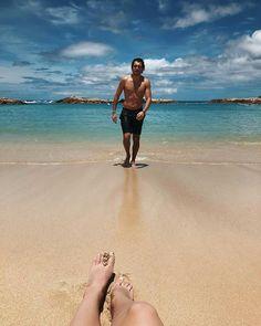 Niina and Gui honeymoon - Honeymoon - Honeymoon destinations - Honeymoon idea Couple Beach Pictures, Honeymoon Pictures, Vacation Pictures, Couple Photos, Beach Photos Couples, Honeymoon Photo Ideas, Couple Photography Poses, Beach Photography, Couples Vacation