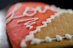 Ginger Bread, Valentines Day, Cake, Desserts, Photos, Food, Valentine's Day Diy, Tailgate Desserts, Deserts
