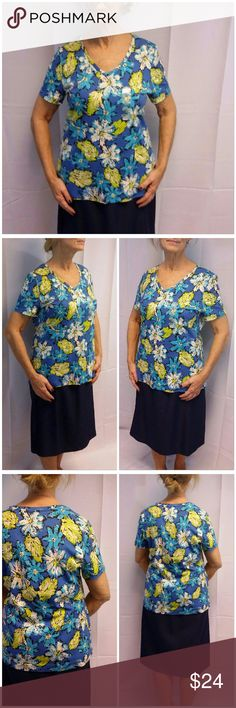 """Offers of 40% Less on BUNDLES Always Accepted! Blue Green Floral Pullover Top  Large. Soft, 100% cotton, machine washable, perfect top for any occasion goes with many bottoms, super easy to dress up, great all day power business wrinkle resistant paired with suit, 26 1/2"""" length shoulder to hem, 21 """" bust laying flat, 8"""""""" sleeves, New With Tag, Offers of 40% Less on BUNDLES Always Accepted! Studio Works Apparel Tops"""