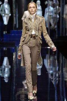 Style yes, but needs more depth in the color scheme. Unless this is Revolutionary France Steampunk.... which would be pretty awesome.