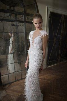 ¡Atrévete con las plumas en tu estilismo! La tendencia más chic para novias Image: 0
