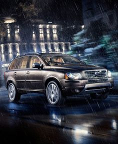 This is a luxury SUV by any measure, and one taht promises more than rewarding comfort and class-leading style. This is a luxury SUV that's smarter and stronger in all the right places, for all the right reasons: you. This is your Volvo XC90.