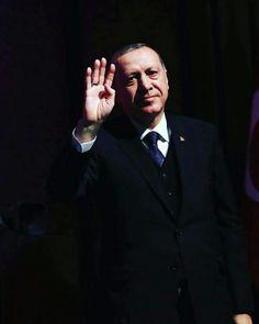 Bildergebnis für Miss Şimşek Turkey Country, Ios 7 Wallpaper, Daddy Bear, Islam Muslim, Great Leaders, World Leaders, Filet Crochet, White Man, Eminem
