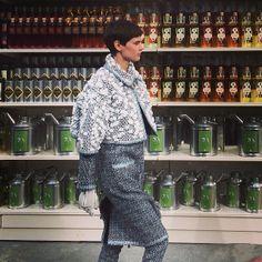 @SaskiadeBrauw walking in the #Chanel shopping center #PFW