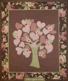 Ulla's Quilt World: Quilted tree wall hanging with hearts