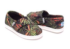 NEW! TOMS Tiny Classics Black Palms Canvas For Kids Size 11T #TOMS #CasualShoes