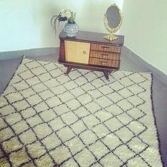 Beni Ourain moroccan rug. VINTAGE & FAIR TRADE. by HemmaTreasures