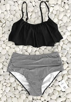 Free Shipping & Easy Return + Refund! Once taking on this swimsuit on a daily routine during spring break, cool feeling goes along. The Feeling Dizzy Falbala Bikini Set with flare falbala and stripe pattern is just like the classics which never fade. Make it yours Now!