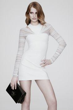 Sfilata Versace New York - Pre-collezioni Primavera Estate 2014 - Vogue