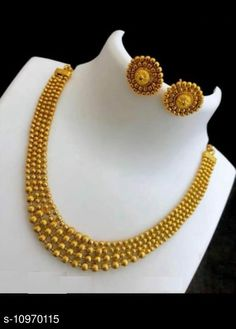Checkout this latest Jewellery Set Product Name: *Tradtitional Designer Ethnic Gold Plated Jewellery Set* Country of Origin: India Easy Returns Available In Case Of Any Issue   Catalog Rating: ★4 (473)  Catalog Name: Elite Chunky Jewellery Sets CatalogID_2031666 C77-SC1093 Code: 233-10970115-159