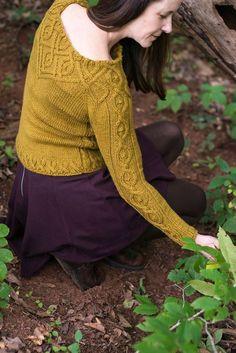 Ravelry: Kitra pattern by Jennifer Wood Sweater Knitting Patterns, Knitting Designs, Knit Patterns, Baby Knitting, Jennifer Wood, Pulls, Celtic, Knit Crochet, Knitwear