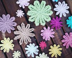 Crochet flower patterns can be used for many projects including appliqués, bunting, and yarnbombing. These 25 flowers are easy but still creative.