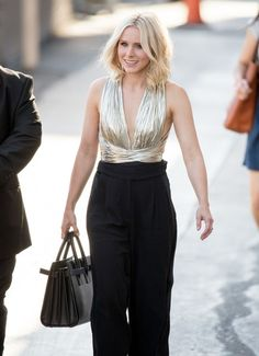 Kristen Bell Leather Tote - Kristen Bell headed to 'Kimmel' carrying a chic black Saint Laurent tote.