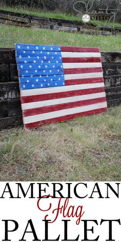 How about some DIY Art for Memorial Day? Make this gorgeous DIY Wood American Flag Art from wood furring strips and spray paint! Pallet Flag, Wood Pallet Art, Pallet Crafts, Wood Pallets, Wood Crafts, Pallet Ideas, Diy Pallet, Pallet Benches, Pallet Tables