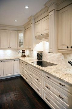 Remodeling Kitchen Countertops 120 Easy And Elegant Cream Colored Kitchen Cabinets Design Ideas Cream Colored Kitchen Cabinets, Cream Colored Kitchens, Backsplash Kitchen White Cabinets, Kitchen Cabinet Colors, Kitchen Redo, Kitchen Colors, Rustic Kitchen, Kitchen Countertops, Backsplash Ideas