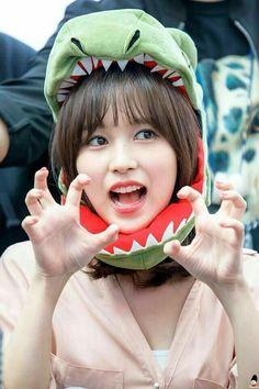 Twice-Mina 180429 Fansign Event Nayeon, Kpop Girl Groups, Korean Girl Groups, Kpop Girls, Extended Play, My Girl, Cool Girl, Oppa Gangnam Style, Sana Momo