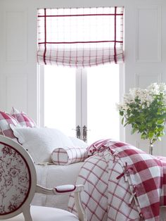 Red and white bedroom with plaid/tattersall soft Roman shade, buffalo… Red Rooms, White Cottage, Home And Deco, White Bedroom, Pretty Bedroom, White Bedding, White Houses, White Decor, Beautiful Bedrooms