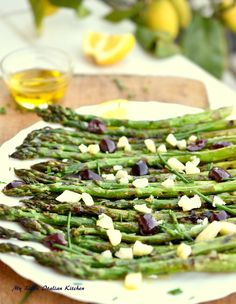 Grilled asparagus with parmesan and olives
