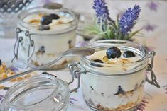 Blueberries: Superfood For Weight Loss Hcg Diet Recipes, Soup Recipes, Lunch Recipes, Yummy Recipes, Healthy Soup, Healthy Snacks, Eat Healthy, Healthy Yogurt, Healthy Smoothies