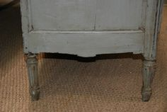 18th Century Directoire French Painted Commode - Buffets and Cupboards - Furniture - Collection - C´est La Vie Antiques