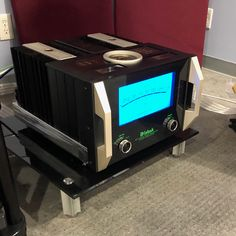 Installing another pair of the new McIntosh MC Mono Block Power Amplifiers! Best Home Theater, Home Theater Setup, Home Theater Speakers, Home Theater Rooms, Home Theater Seating, Home Theater Projectors, Built In Entertainment Center, Home Entertainment, The Big Comfy Couch