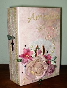 Slipsager scrapbooking & Cards: book card for my wounderful niece Amanda