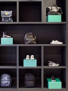 Omoda Flagship Store - Studio Piet Boon