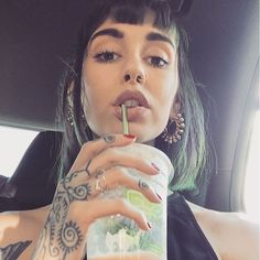 Not the real Hannah Snowdon here xox Hannah Pixie Snowdon, Pure Beauty, Girl Crushes, Girl Tattoos, Tattoo Girls, Small Tattoos, Beautiful People, Piercings, Pretty